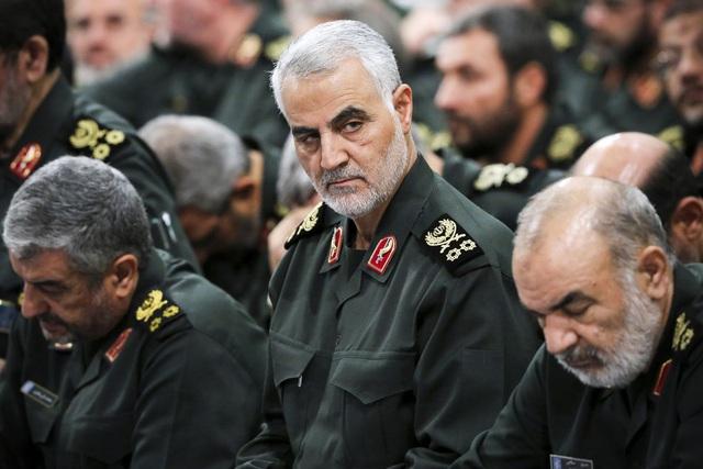 Ông Trump ra lệnh tiêu diệt tướng Soleimani: Giọt nước tràn ly tại Trung Đông? - Ảnh 1.