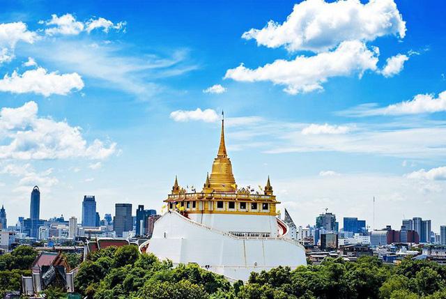 Du lịch Thái Lan: Những ngôi chùa nhất định bạn phải ghé thăm khi tới Bangkok - Ảnh 4.