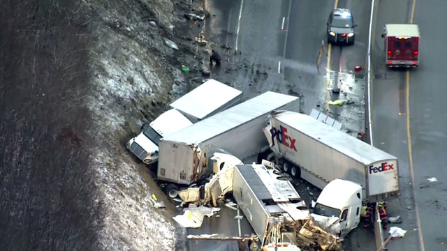 Tai nạn liên hoàn tại Mỹ, hơn 60 người thương vong - Ảnh 5.