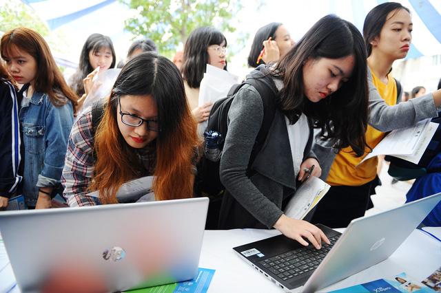 Sôi nổi và ý nghĩa Ngày hội việc làm – ULIS Job Fair 2020 - Ảnh 7.