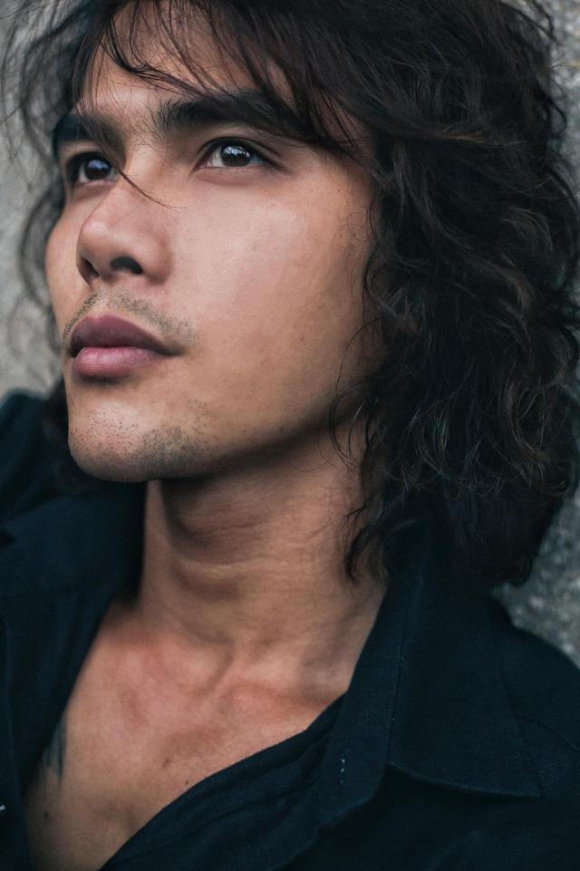 Mê mệt vẻ lãng tử của diễn viên Thanh Tùng Cát đỏ - Ảnh 4.