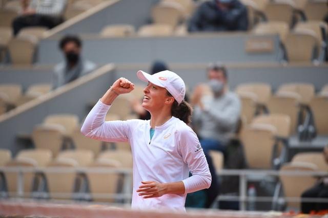 Vượt qua Sofia Kenin, Iga Swiatek vô địch đơn nữ Pháp mở rộng 2020 - Ảnh 3.