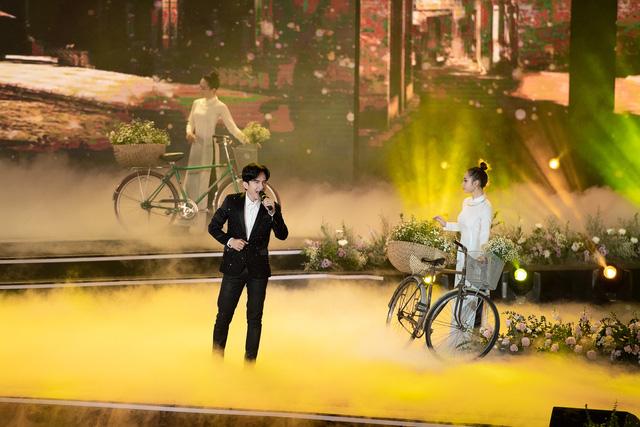 Đan Trường - Lam Trường song ca loạt hit tại Bán kết Hoa hậu Việt Nam 2020 - Ảnh 3.