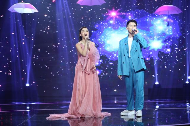 Bài hát đầu tiên: Phạm Quỳnh Anh - Nữ ca sĩ dùng âm nhạc xoa dịu nỗi đau - Ảnh 2.