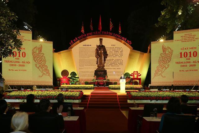 Long trọng kỷ niệm 1010 năm Thăng Long - Hà Nội: Thủ đô ngàn năm văn hiến, anh hùng của cả nước - Ảnh 2.