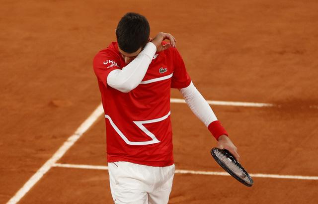 Novak Djokovic 0-3 Rafael Nadal: Nadal lần thứ 13 vô địch Pháp mở rộng - Ảnh 2.