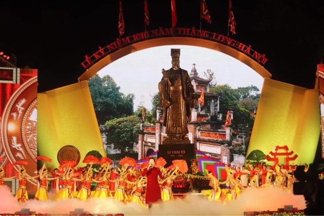 Long trọng kỷ niệm 1010 năm Thăng Long - Hà Nội: Thủ đô ngàn năm văn hiến, anh hùng của cả nước - Ảnh 3.