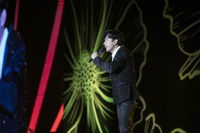 Đan Trường - Lam Trường song ca loạt hit tại Bán kết Hoa hậu Việt Nam 2020 - Ảnh 9.
