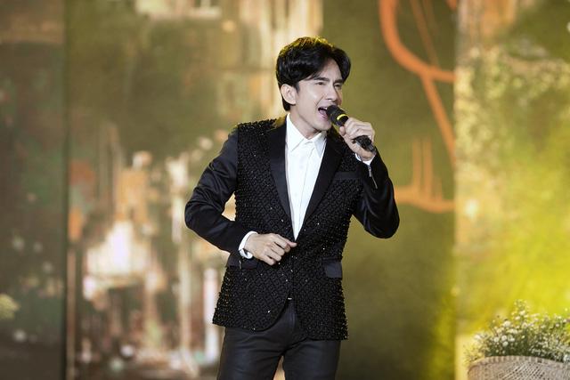 Đan Trường - Lam Trường song ca loạt hit tại Bán kết Hoa hậu Việt Nam 2020 - Ảnh 6.