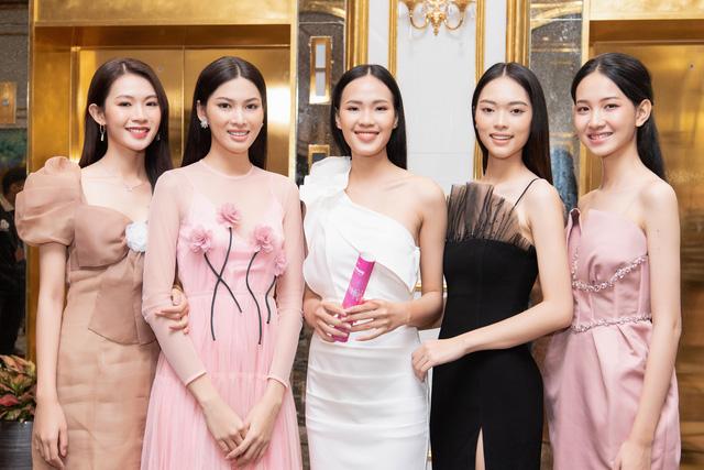 Top 35 Hoa hậu Việt Nam 2020 bước vào hành trình đầu tiên – Người đẹp Nhân ái - Ảnh 6.