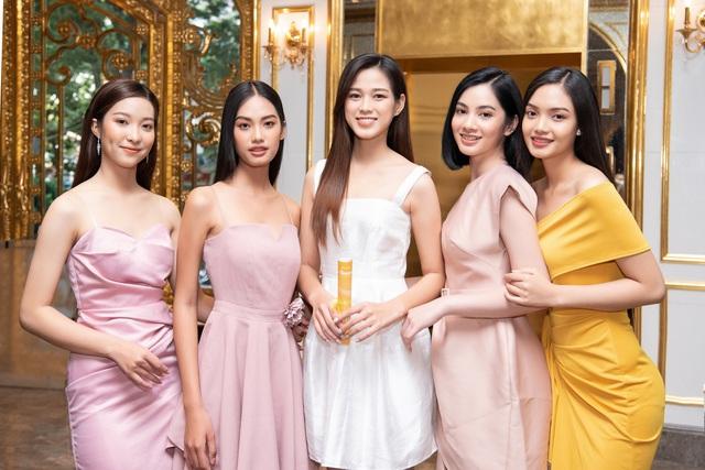 Top 35 Hoa hậu Việt Nam 2020 bước vào hành trình đầu tiên – Người đẹp Nhân ái - Ảnh 5.