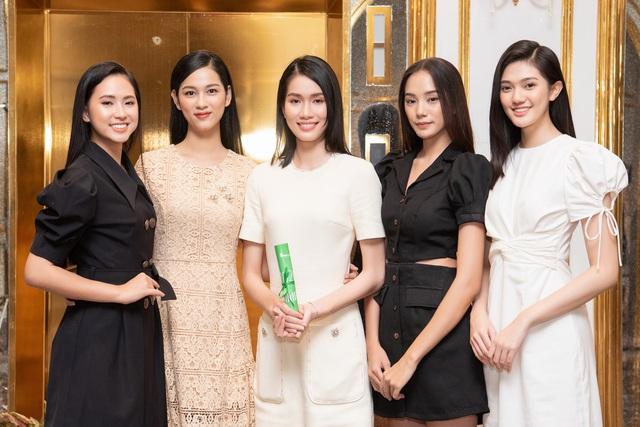 Top 35 Hoa hậu Việt Nam 2020 bước vào hành trình đầu tiên – Người đẹp Nhân ái - Ảnh 4.