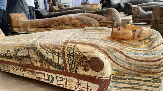Phát hiện 59 quan tài 2600 tuổi ở Ai Cập - Ảnh 2.