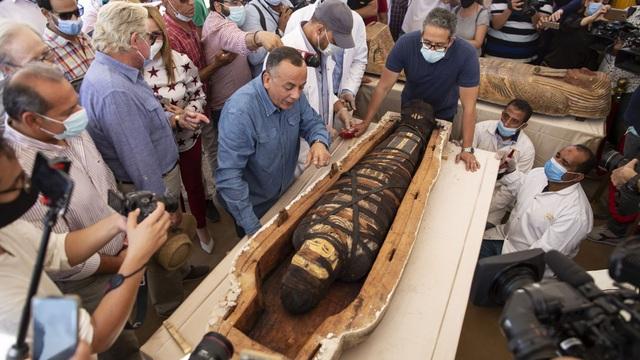 Phát hiện 59 quan tài 2600 tuổi ở Ai Cập - Ảnh 4.