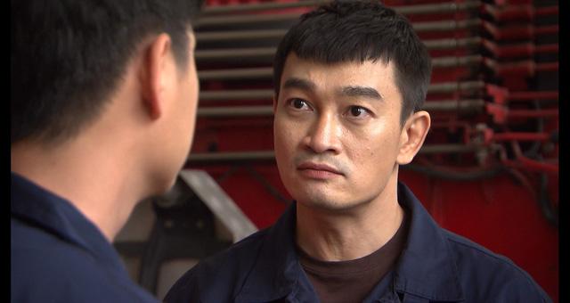 Lửa ấm - Tập 11: Hoàng (Mạnh Quân) bỗng dưng trở thành hotboy lính cứu hỏa - Ảnh 9.