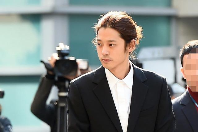 Xét xử vụ án Seungri: 22 nhân chứng được triệu tập - Ảnh 2.