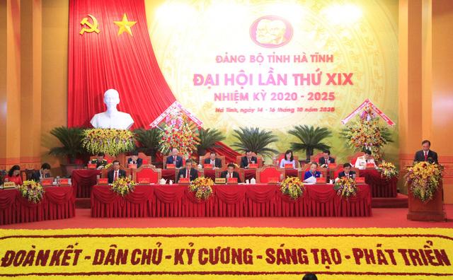Nhiều địa phương khai mạc Đại hội Đảng bộ - Ảnh 1.