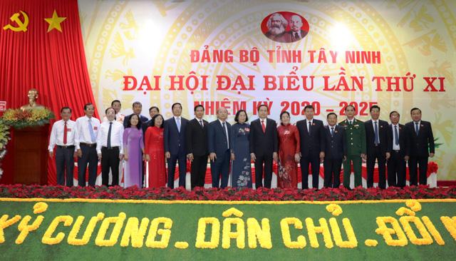 Nhiều địa phương khai mạc Đại hội Đảng bộ - Ảnh 8.