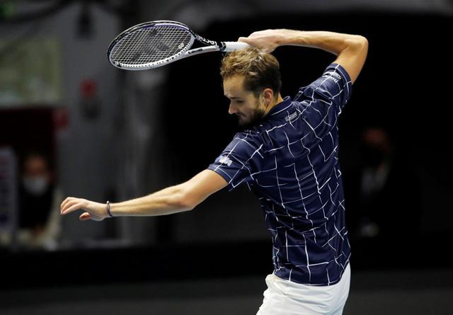 Bị loại ở vòng 2, Daniil Medvedev trở thành cựu vô địch giải quần vợt Saint Petersburg - Ảnh 2.