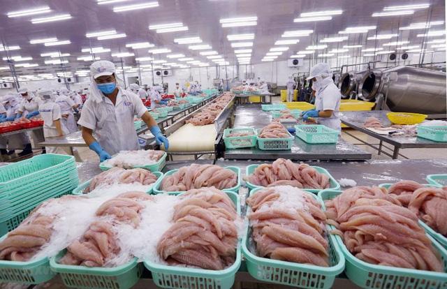 Doanh nghiệp Việt cần làm gì để vượt rào cản phòng vệ thương mại? - Ảnh 2.