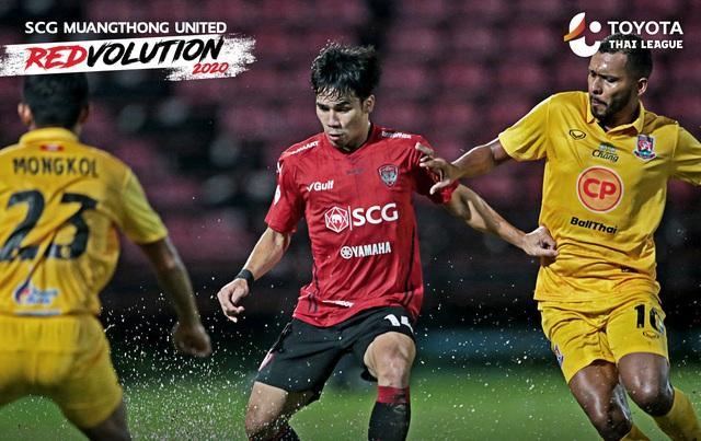 Văn Lâm thi đấu xuất sắc vẫn không cứu nổi Muangthong United - Ảnh 1.
