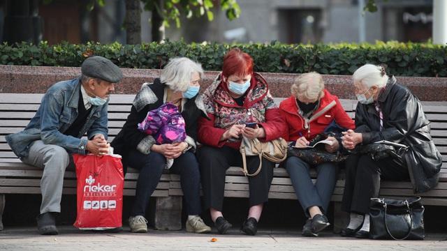 Nga ghi nhận số ca mắc COVID-19 trong ngày cao kỷ lục với hơn 15.000 người - Ảnh 1.