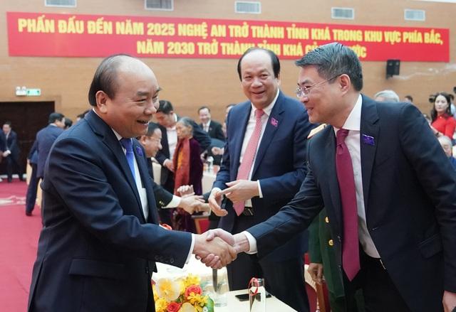 Thủ tướng dự khai mạc Đại hội đại biểu Đảng bộ tỉnh Nghệ An - Ảnh 1.