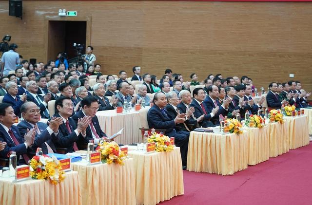 Thủ tướng dự khai mạc Đại hội đại biểu Đảng bộ tỉnh Nghệ An - Ảnh 3.