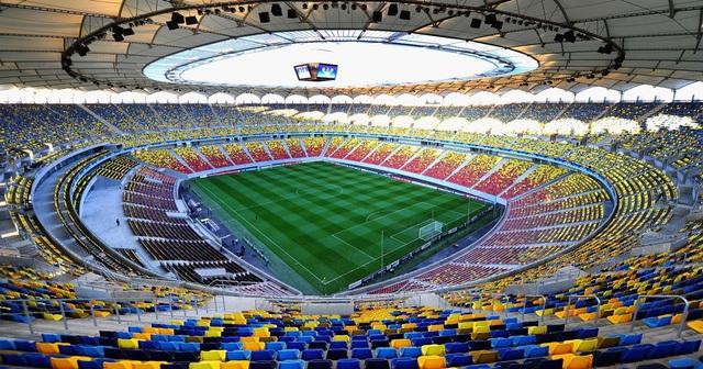 UEFA lên phương án tổ chức Euro vào năm sau - Ảnh 1.
