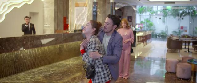 Trói buộc yêu thương - Tập 13: Bắt quả tang Khánh và Hà ngay tại khách sạn, Dung tí xé rách áo tiểu tam - Ảnh 3.