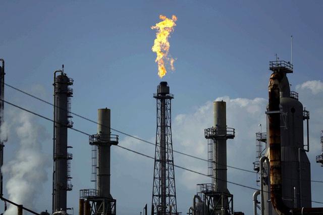 Thế giới sẽ phụ thuộc nhiều hơn vào nguồn cung dầu từ Trung Đông - Ảnh 2.