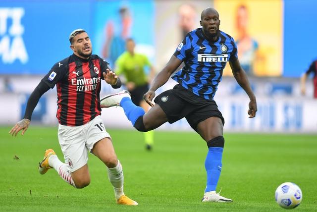 Inter Milan 1-2 AC Milan: Ibrahimovic lập cú đúp, Milan chiếm ngôi đầu bảng - Ảnh 3.