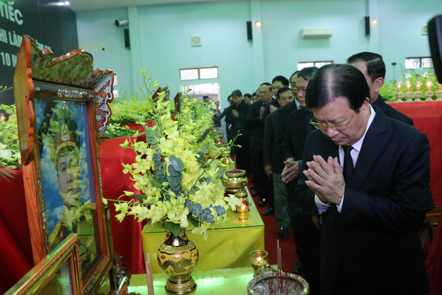 Phó Thủ tướng Trịnh Đình Dũng dự lễ tang 13 đồng chí hy sinh tại Rào Trăng 3 - Ảnh 5.