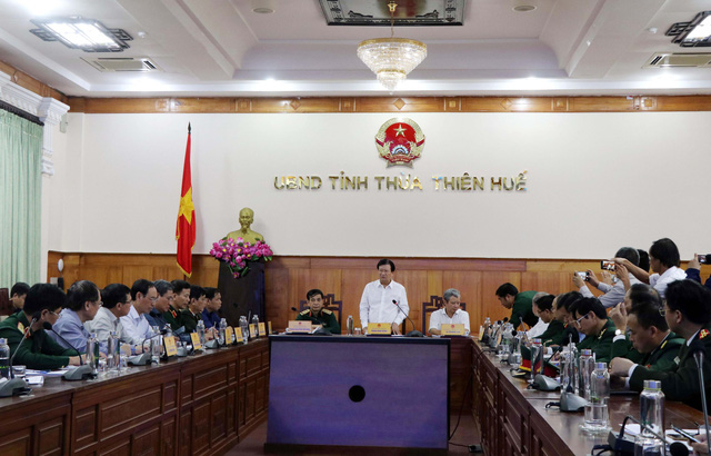 Thủ tướng chỉ đạo tập trung cứu nạn, khắc phục hậu quả sạt lở đất tại Quảng Trị và TT-Huế - Ảnh 1.