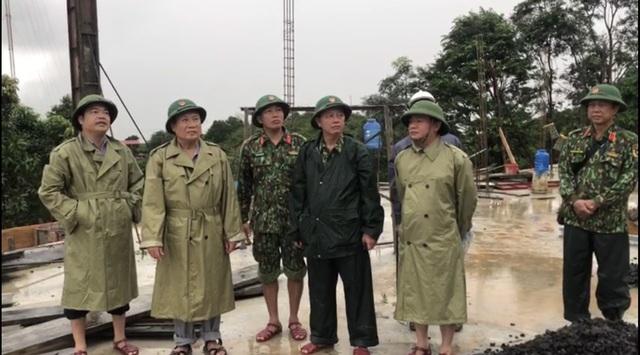 40 giờ khẩn trương tìm kiếm 22 nạn nhân sạt lở đất ở Hướng Hóa - Quảng Trị - Ảnh 1.