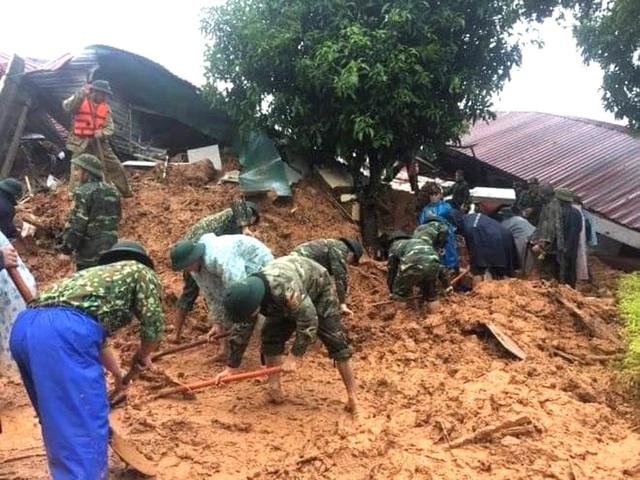 40 giờ khẩn trương tìm kiếm 22 nạn nhân sạt lở đất ở Hướng Hóa - Quảng Trị - Ảnh 11.