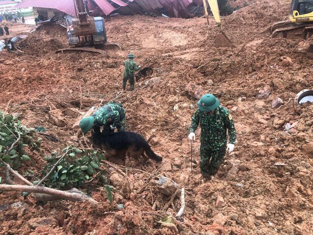 40 giờ khẩn trương tìm kiếm 22 nạn nhân sạt lở đất ở Hướng Hóa - Quảng Trị - Ảnh 12.