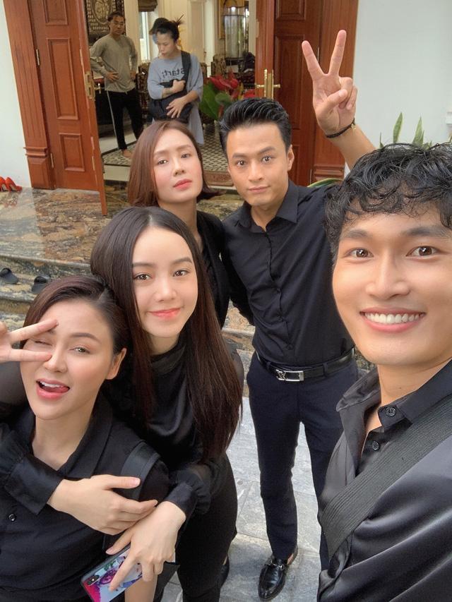 Việt Anh bị bạn diễn nữ hạ đo ván trong phim mới - Ảnh 5.
