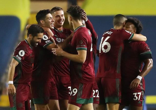 Leeds Utd 0-1 Wolverhampton: Leeds đứt mạch bất bại tại Premier League - Ảnh 4.