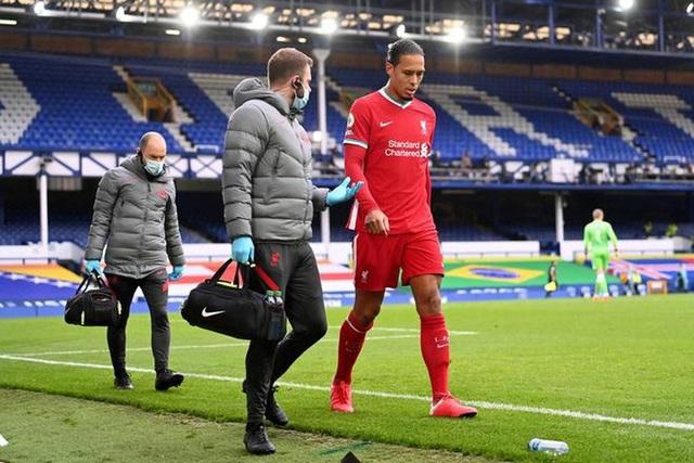 Sau van Dijk, hàng thủ của Liverpool tiếp tục mất người - Ảnh 2.