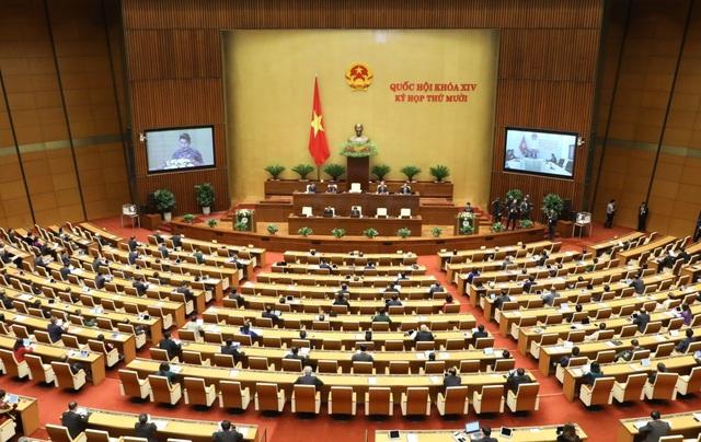 Quốc hội dành 1 phút mặc niệm các quân nhân, đồng bào gặp nạn trong mưa lũ - Ảnh 3.