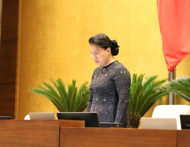 Thủ tướng: Chính phủ sẽ làm hết sức mình, khắc phục hậu quả mưa lũ miền Trung - ảnh 3
