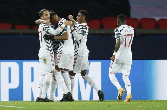 Kết quả vòng bảng Champions League sáng 21/10: PSG 1-2 Man Utd, Barcelona 5-1 Ferencvaros, Lazio 3-1 Dortmund - Ảnh 2.