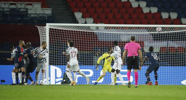 PSG 1-2 Man Utd: Chiến thắng kịch tính - Ảnh 3.