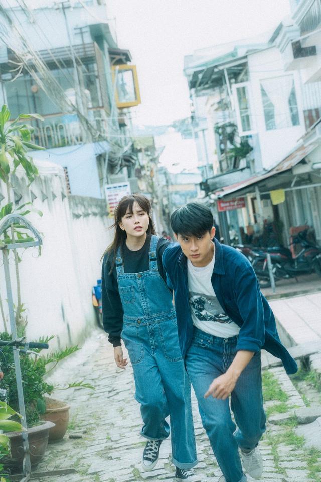 Bạn gái tin đồn của Sơn Tùng M-TP ra MV mới gây xúc động - Ảnh 2.