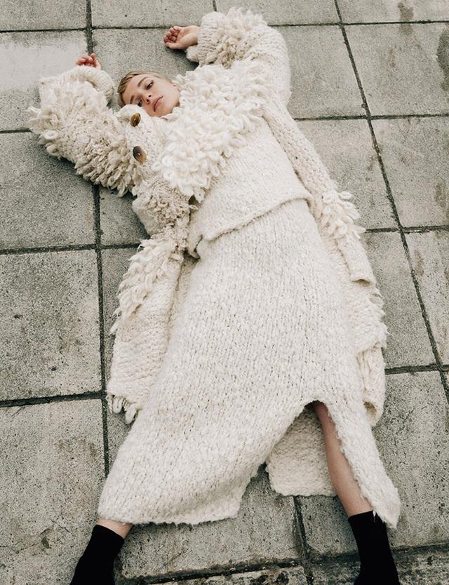 Cách để giữ ấm trong mùa đông mà vẫn thời trang - Ảnh 2.