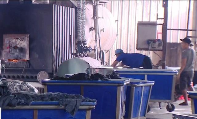 TP.HCM lên kế hoạch xử lý triệt để các cơ sở giặt, nhuộm gây ô nhiễm môi trường - Ảnh 1.