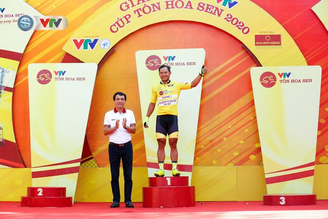 ẢNH: Những khoảnh khắc ấn tượng chặng 1 giải xe đạp VTV Cúp Tôn Hoa Sen 2020 - Ảnh 13.