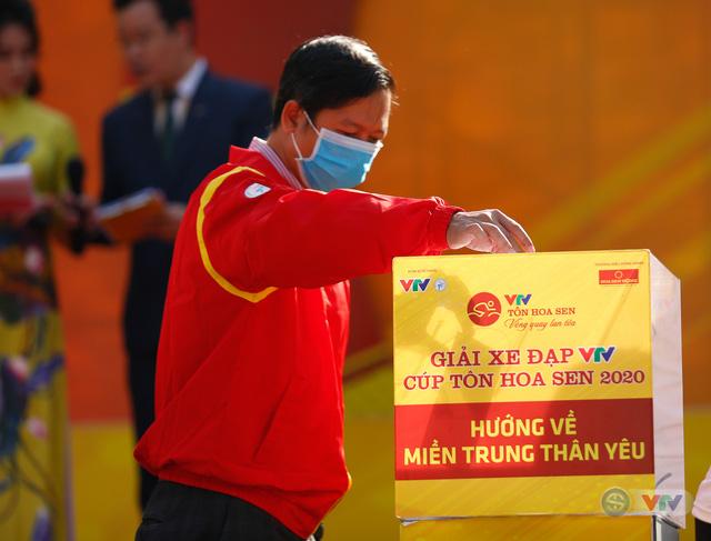 Giải xe đạp VTV Cúp Tôn Hoa Sen 2020 chung tay Hướng về miền Trung thân yêu - Ảnh 8.