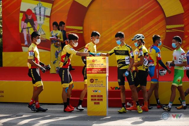 Giải xe đạp VTV Cúp Tôn Hoa Sen 2020 chung tay Hướng về miền Trung thân yêu - Ảnh 12.